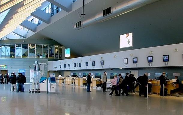 О бомбе в аэропорту Таллинна сообщил русскоязычный человек