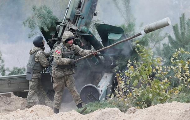 Засутки взоне АТО получили ранения трое военных