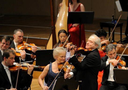 Венский Штраус-оркестр везет в Киев новую программу