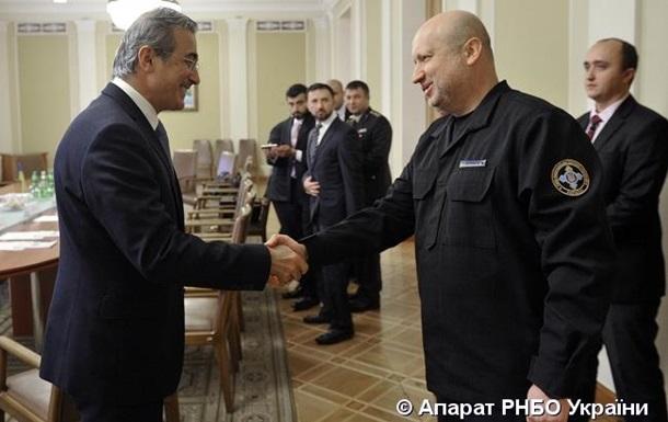Турчинов договорился сТурцией осовместном производстве танков, ракет иБПЛА