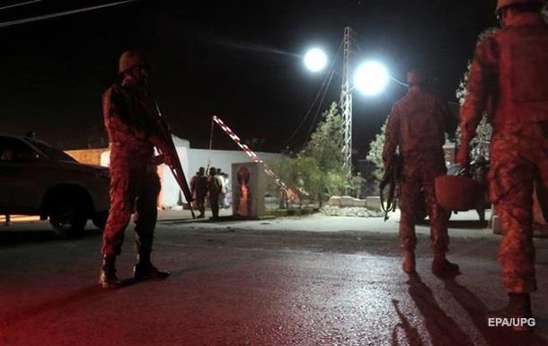 В Пакистане двое погибших и 51 раненый из-за нападения боевиков