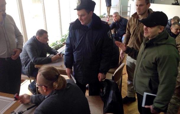 У Медведчука заявили о блокировании радикалами съезда Украинского выбора