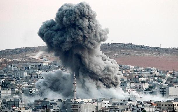 При авиаударе вСирии погибли неменее 20 человек