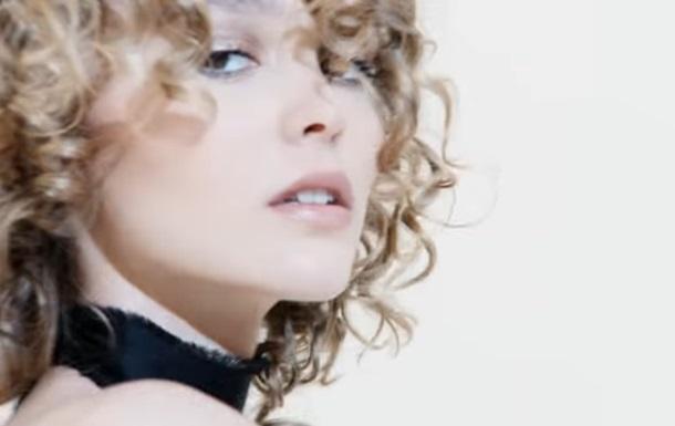 Дочь Деппа снялась в эффектной рекламе Chanel