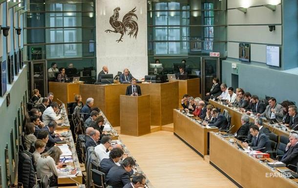 Парламент Валлонии одобрил торговый договор Канады и ЕС