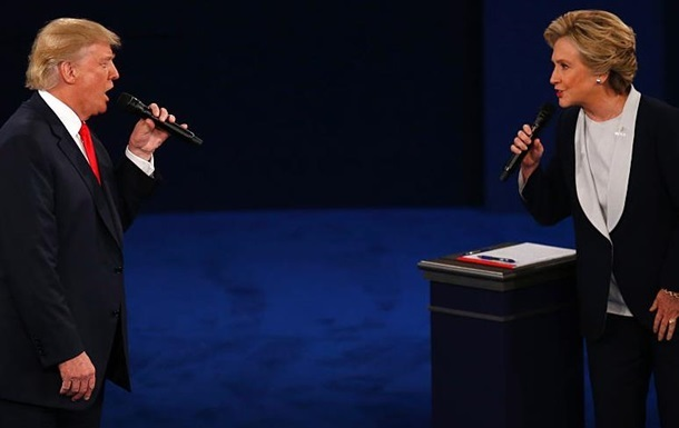 Отрыв Клинтон от Трампа сократился – опрос