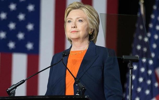 Выборы в США: Рейтинг Клинтон весомо вырос
