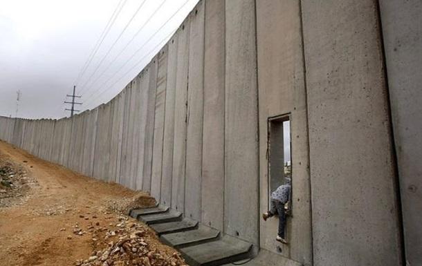 Победа Трампа: стена вырастет только с Мексикой или со всем Миром?