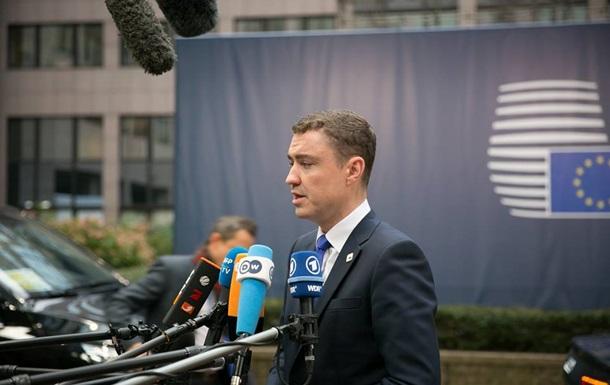 В Эстонии парламент отправил премьера в отставку