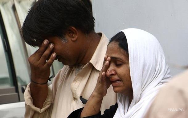Теракт в Пакистане: погибли 40 человека, более 100 ранены