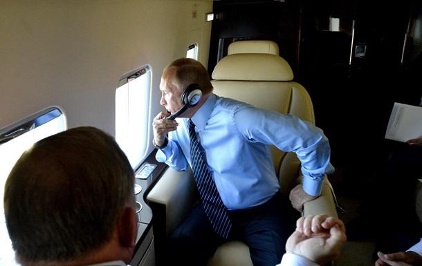 Путин провел беседу с избранным президентом США