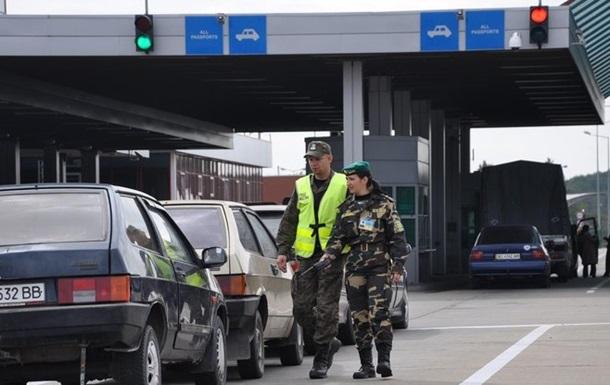 На границе с Польшей застряли более 900 автомобилей