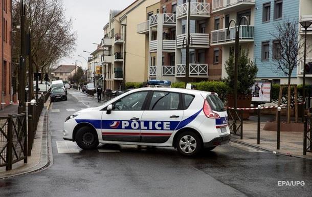 Двух сестер из Катара ограбили в Париже на пять миллионов евро