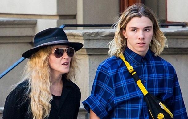 Сын Мадонны был задержан за наркотики
