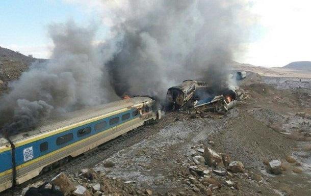 В Иране столкнулись пассажирские поезда – 15 погибших