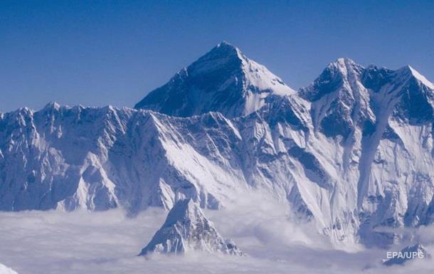 На Эвересте произошло сильное землетрясение
