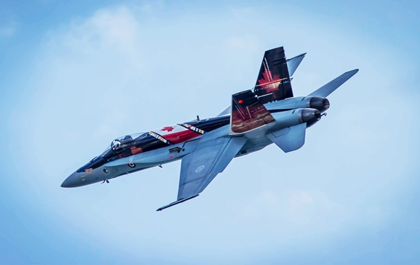 В Канаде разбился истребитель CF-18