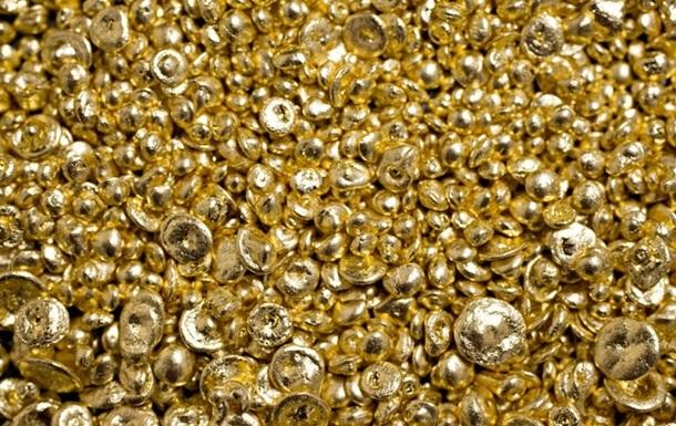 В Нью-Йорке похитили ведро золота