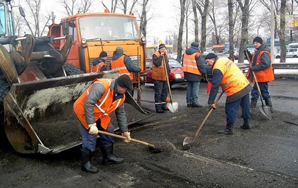 Укравтодор: Денег на ремонт дорог в 2017 году нет