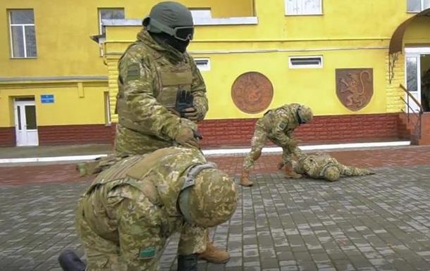 Пограничники приняли участие в  манекен-флешмобе