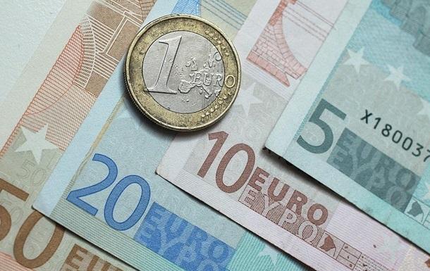 Украинцы стали покупать больше валюты