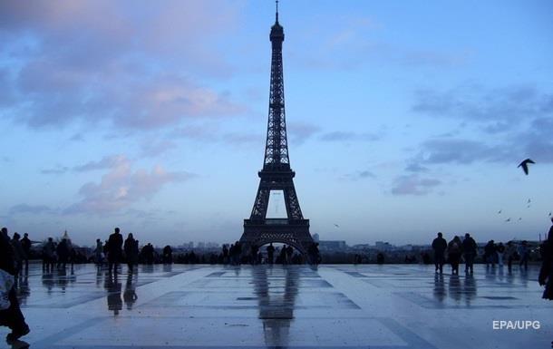 Эйфелеву башню закрыт из-за забастовки персонала
