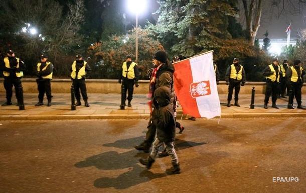 В Варшаву со всей страны стягивают полицию