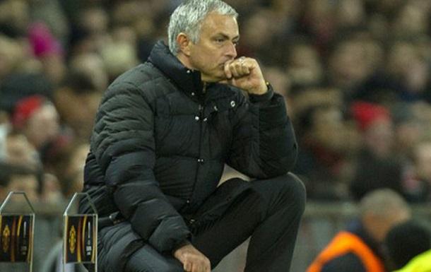 «Манчестер Юнайтед» желает продлить договор сЖозе Моуринью