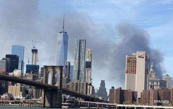 Вцентре Нью-Йорка горел небоскреб