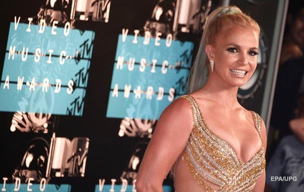 У мережі  поховали  поп-співачку Бритні Спірс