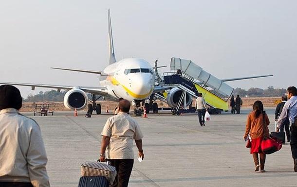 ВГоа самолет cо154 пассажирами выкатился запределы ВПП