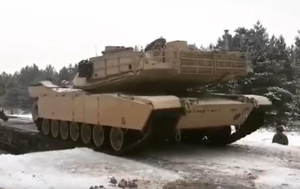 В Польшу доставили танки для сдерживания России