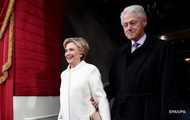 Трамп устроил овацию чете Клинтон наинаугурационном ланче