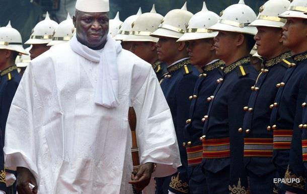 Прошлый президент Гамбии улетел изстраны внеизвестном направлении