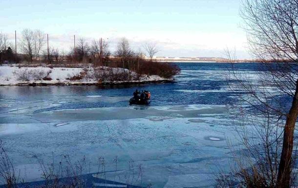 ВКиеве 22 рыбака забрало отберега наоторванной льдине