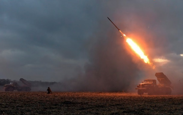Оккупанты обстреляли изГрада село вЛуганской области— штаб