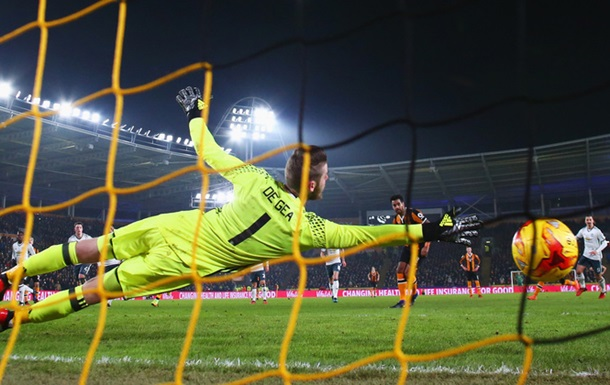 Манчестер Юнайтед стал вторым финалистом Кубка британской лиги