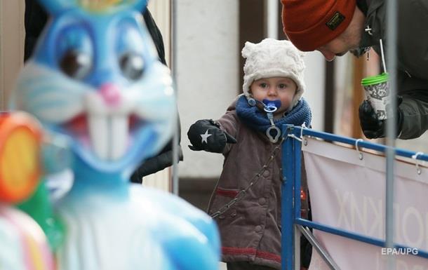 В Україні за 25 років кількість дітей зменшилася вдвічі