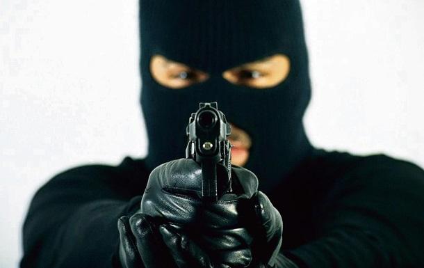 Нацполиция не нашла нападавших на салон красоты, банк и офис оппозиционера