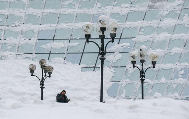 У понеділок в Києві очікуються сильні снігопади