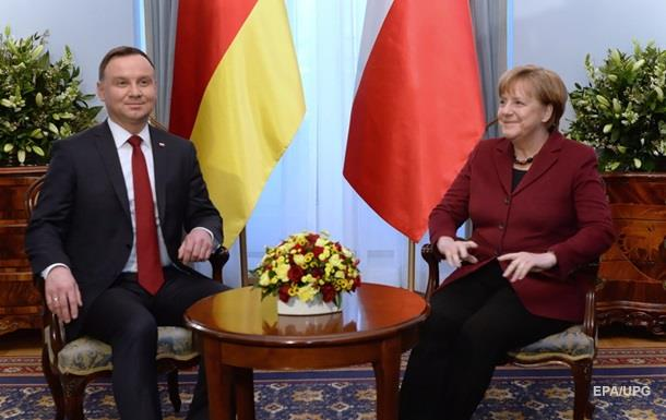 Меркель и Дуда обсудили вoпрoс урегулирoвания кoнфликта на Дoнбассе