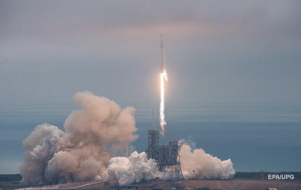 SpaceX успішно запустила ракету-носій Falcon 9