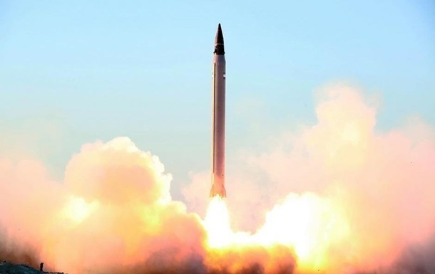 ВИране докладывают обиспытании усовершенствованных ракет