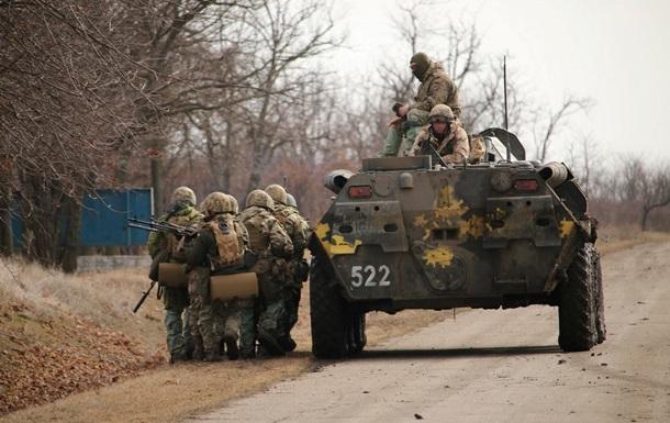 Ссамого начала суток террористы 56 раз обстреляли силы АТО,— штаб
