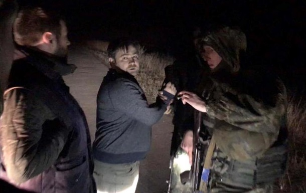 Организаторы блокады избили изакидали яйцами депутата Чорновол 07марта 2017 00:08
