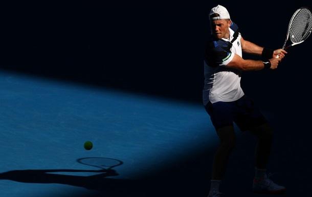 Теннис: Марченко не вышел во второй раунд турнира в Ирвинге