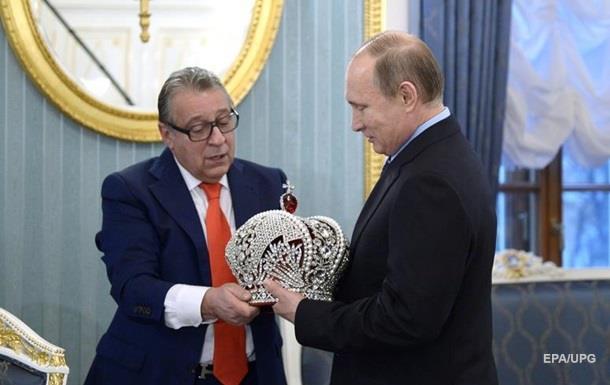 Путіна - у царі. У Росії знову говорять про монархію
