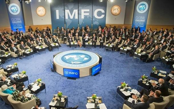 Питання України зникло з порядку денного МВФ