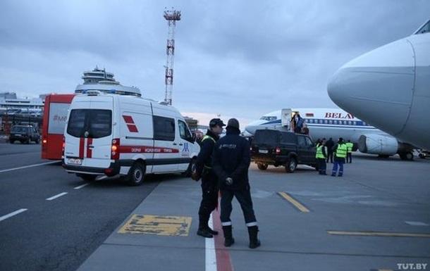 Самолет Белавиа на взлете столкнулся с птицами