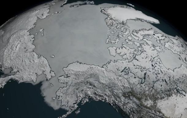 NASA показало рекордне танення льодовиків Арктики